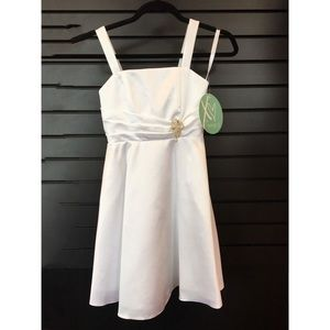 Other - XO by Hannah S. Girls White Satin Dress Size Small